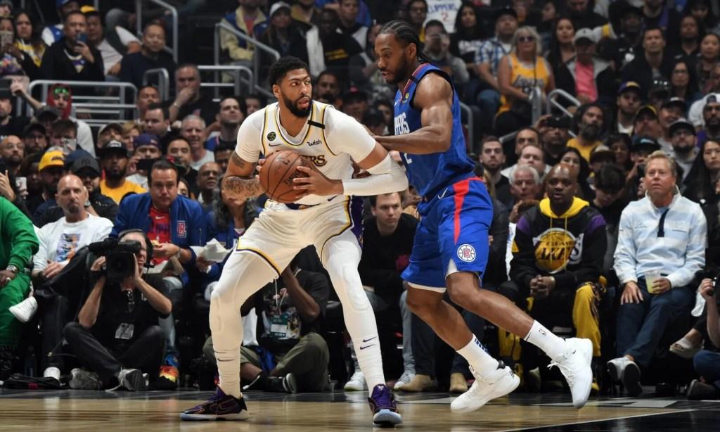 Anthony Davis vs Kawhi Leonard, Los Angeles Lakers vs LA Clippers at STAPLES Center