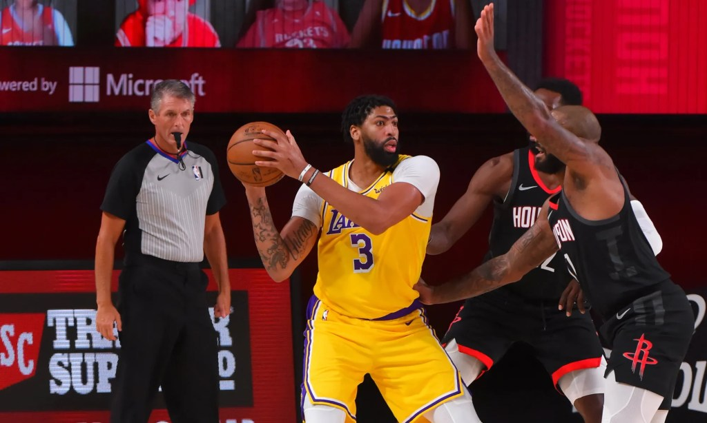 Anthony Davis #3 of the Los Angeles Lakers handles the ball against the Houston Rockets on August 6, 2020