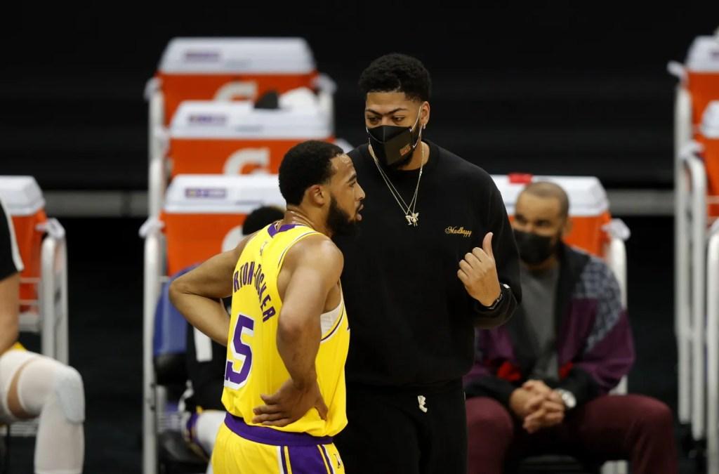 Anthony Davis and Talen Horton-Tucker, Los Angeles Lakers vs Sacramento Kings
