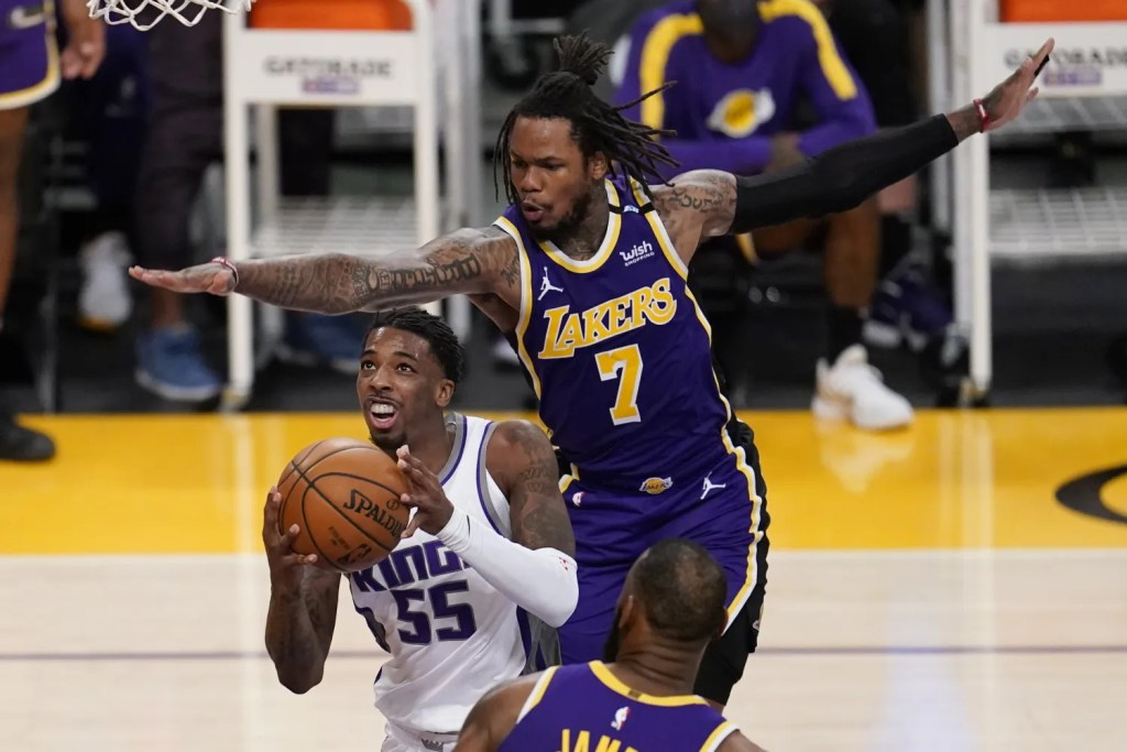 Delon Wright and Ben McLemore, Los Angeles Lakers vs Sacramento Kings