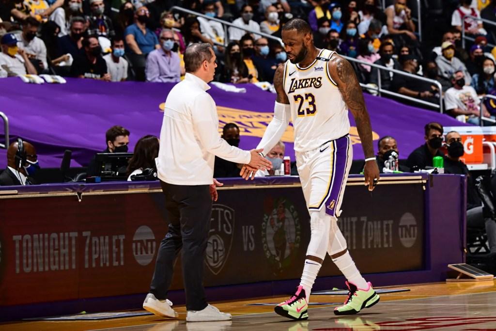 Frank Vogel and LeBron James, Los Angeles Lakers vs Phoenix Suns