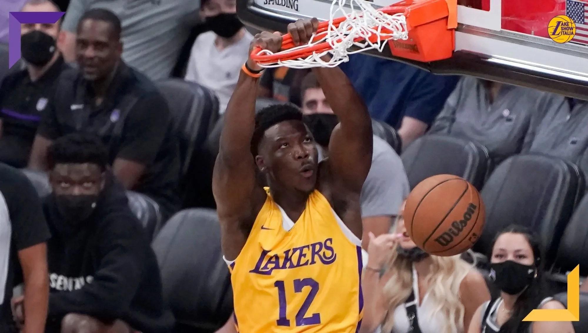 I Los Angeles Lakers lottano ma vengono sconfitti dai New York Knicks. Nel finale decisivi Quickley e McBride, male Reaves, McClung e Brown.