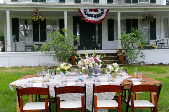 Welcome to your NH wedding…