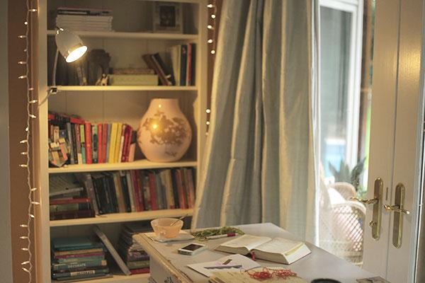 my-2nd-desk-2_La-La-Lovely
