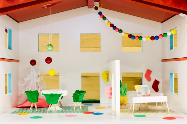 Studio-DIY-Dollhouse-600x400