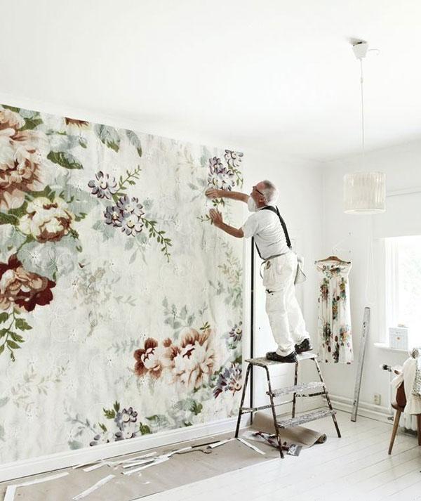 mokassin-floral-wallpaper-via-la-la-lovely