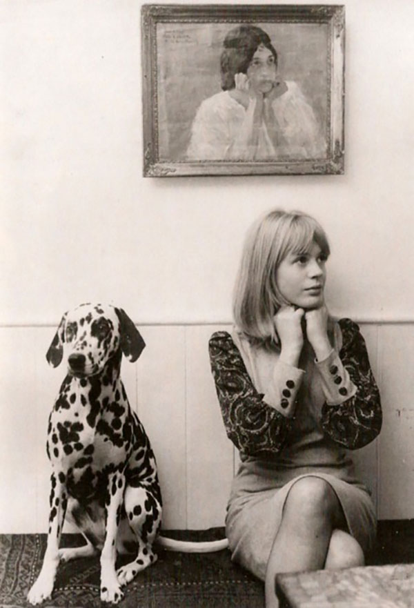 marianne-faithfull_lalalovely