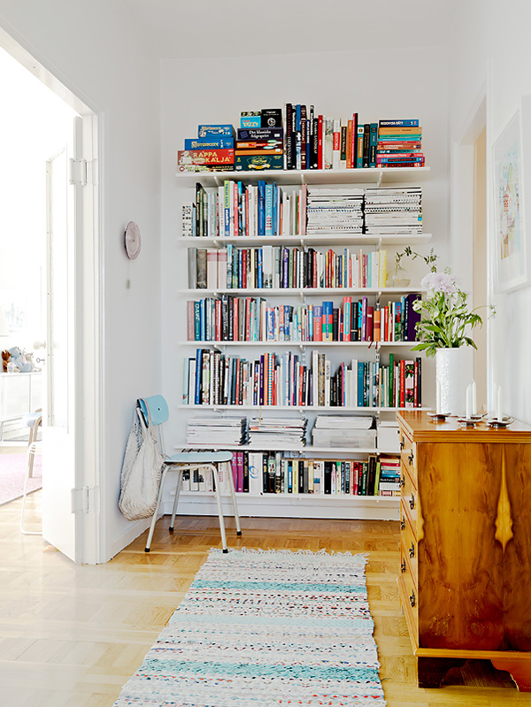 Book Shelf Love | La La Lovely