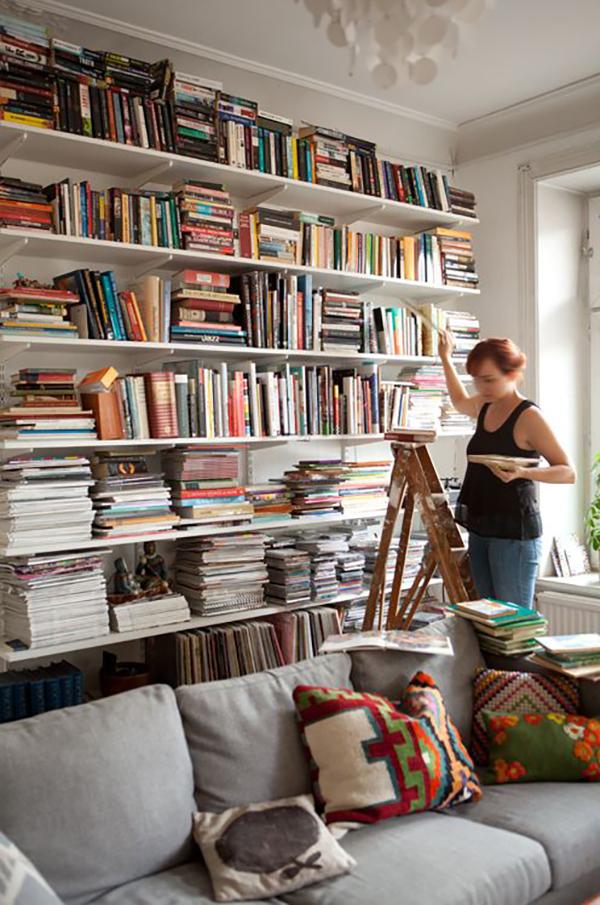 Book Shelf Love   La La Lovely