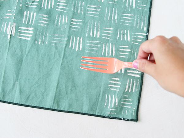 fork-stamped-napkins