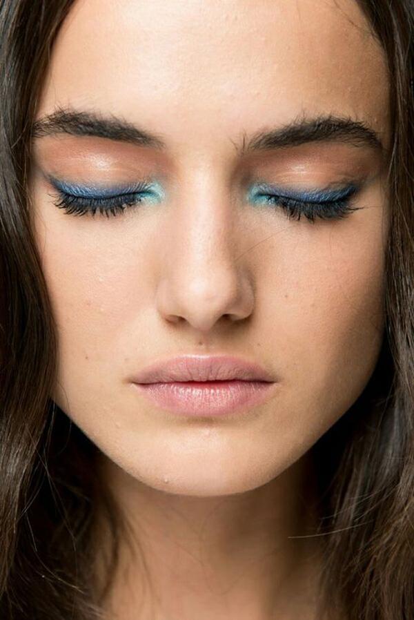 Blue Eye makeup | La La Loving