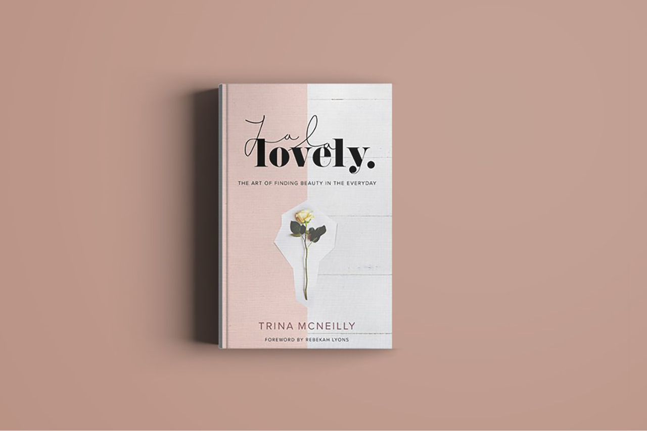 http://www.trinamcneilly.com/resource/signed-copy-of-la-la-lovely/