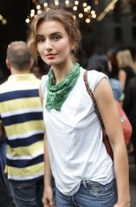 Bandanas-1990s-Fashion-Chic-4
