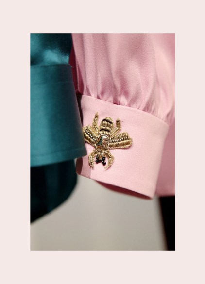 Resultado de imagem para insetos moda gucci