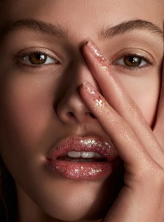 beauty-editorial-commercial-atlanta-makeup-artist-saj-mack-glitter-1