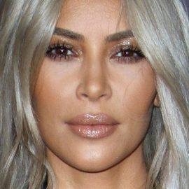 kim-kardashian-makeup-40-500x500