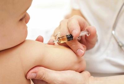 vaccinazione-bambini-e1352272855421.jpg