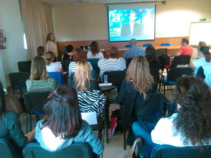 Éxito de participación en el curso de comunicación no verbal para entrevistas de trabajo organizado por la ADL
