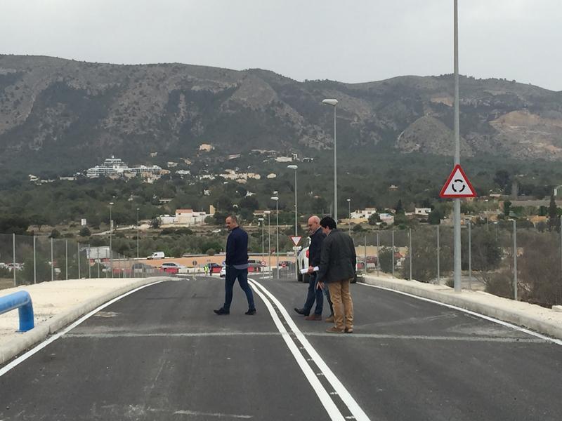 En servicio a partir de mañana miércoles la nueva rotonda de acceso a l'Alfàs desde la carretera nacional 332