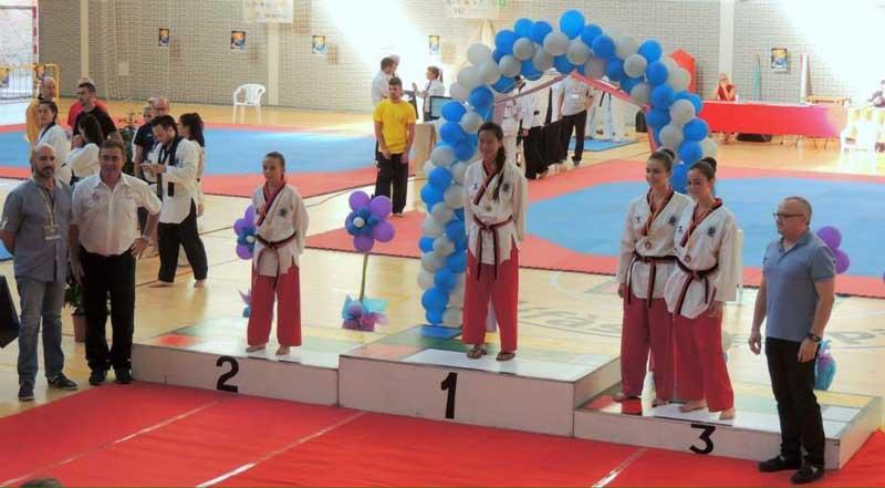 Dos oros cuatro platas y dos bronces para los alfacinos que han participado en el  IV Open  de Taekwondo y Hapkido de la  Comunidad Valencia