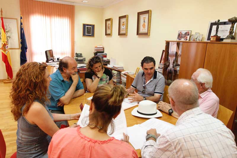 L'Alfàs gesta los seminarios de Johan Galtung con la Universidad Complutense de Madrid