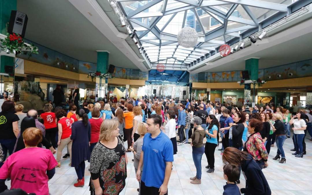 El VII Encuentro de Escuelas de Baile de l'Alfàs concentra en el municipio a más de 400 aficionados