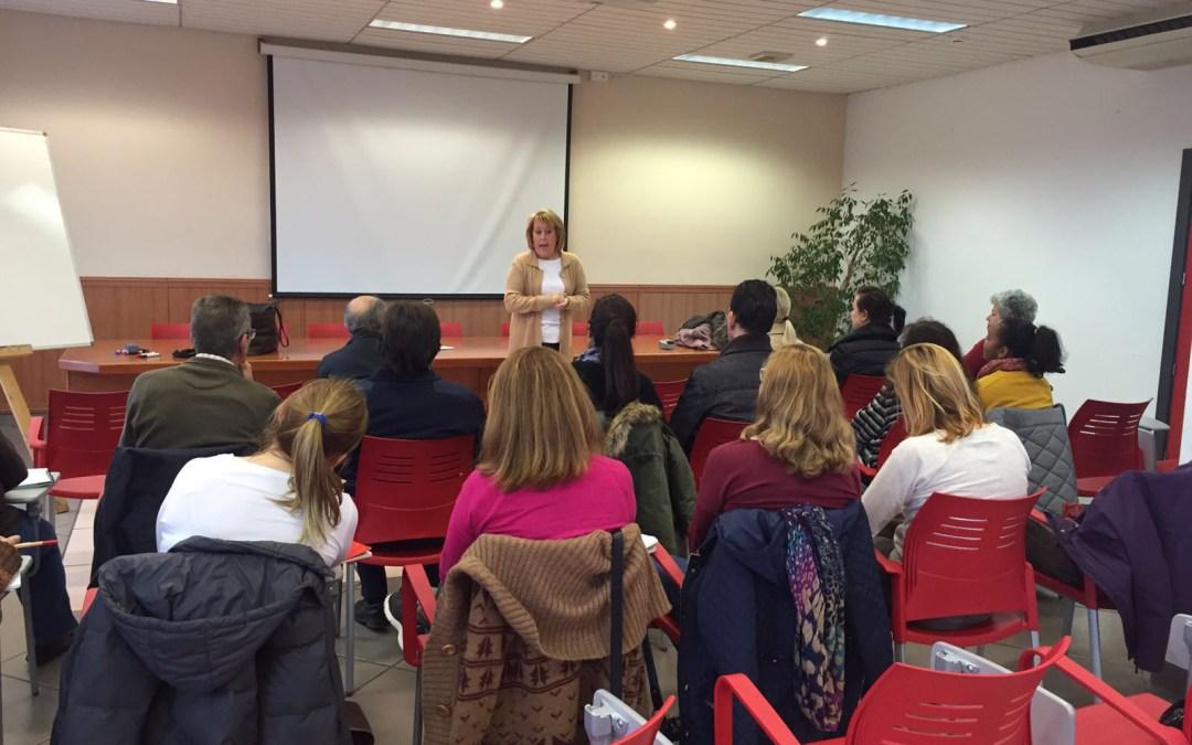 Comienza el curso de inglés básico organizado por la oficina AMICS de l'Alfàs