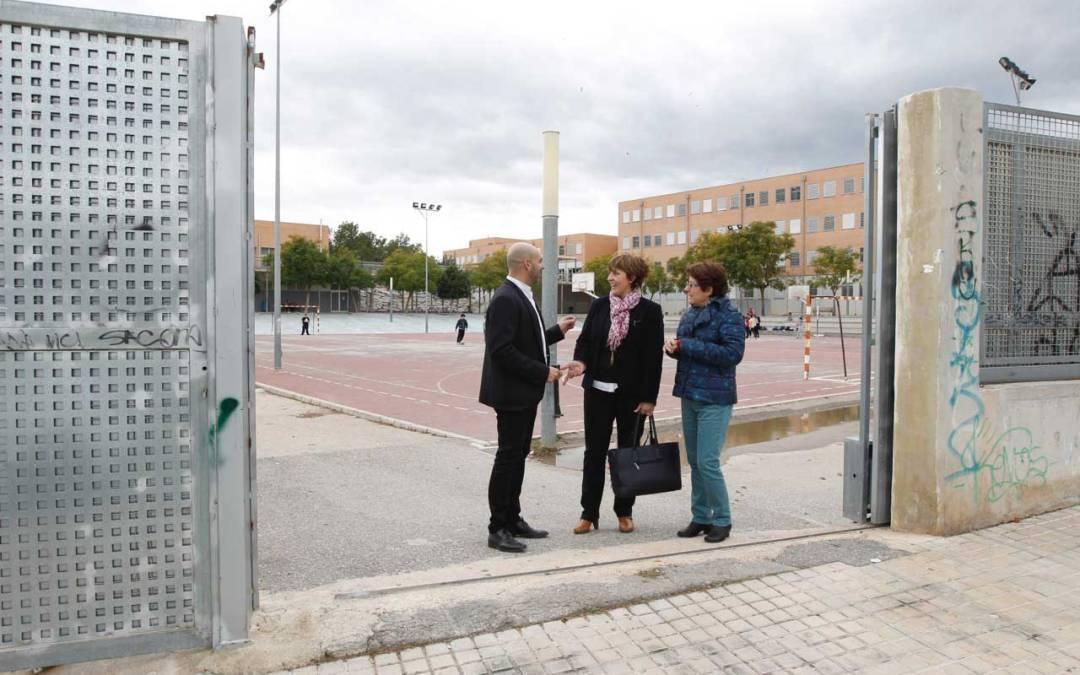El Ayuntamiento de l'Alfàs invierte 10.000 euros en mejorar la seguridad en el IES L'Arabí