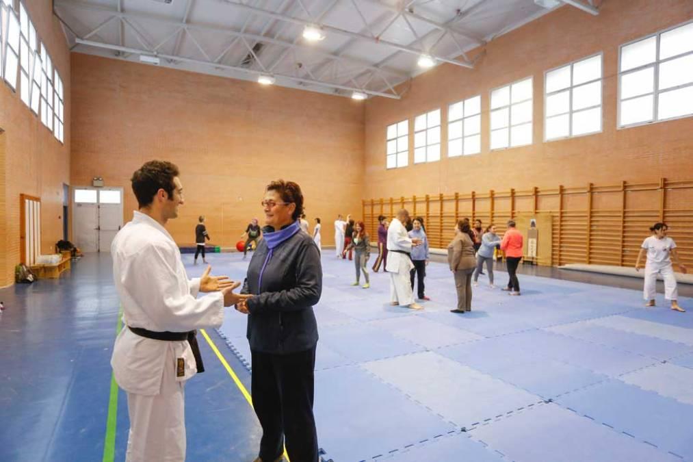 Una treintena de mujeres realizan el curso de defensa personal organizado por la concejalía de Igualdad