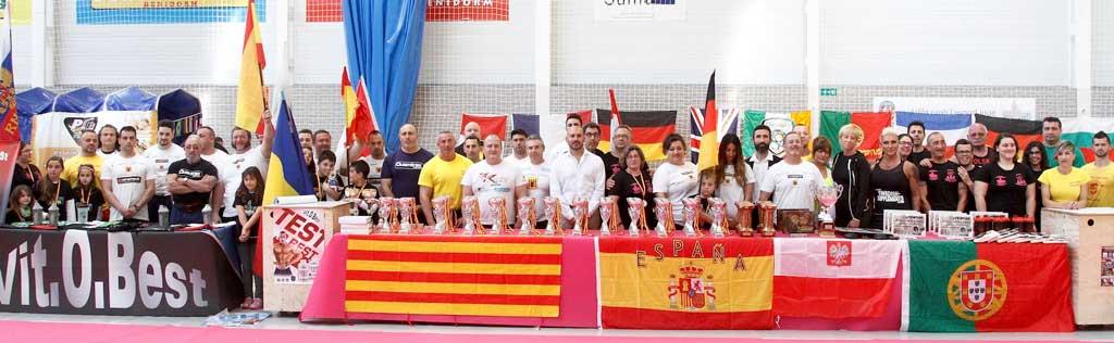 Cuatro alzadores de la Marina Baixa se proclaman campeones de Europa de Press Banca en L'Alfás