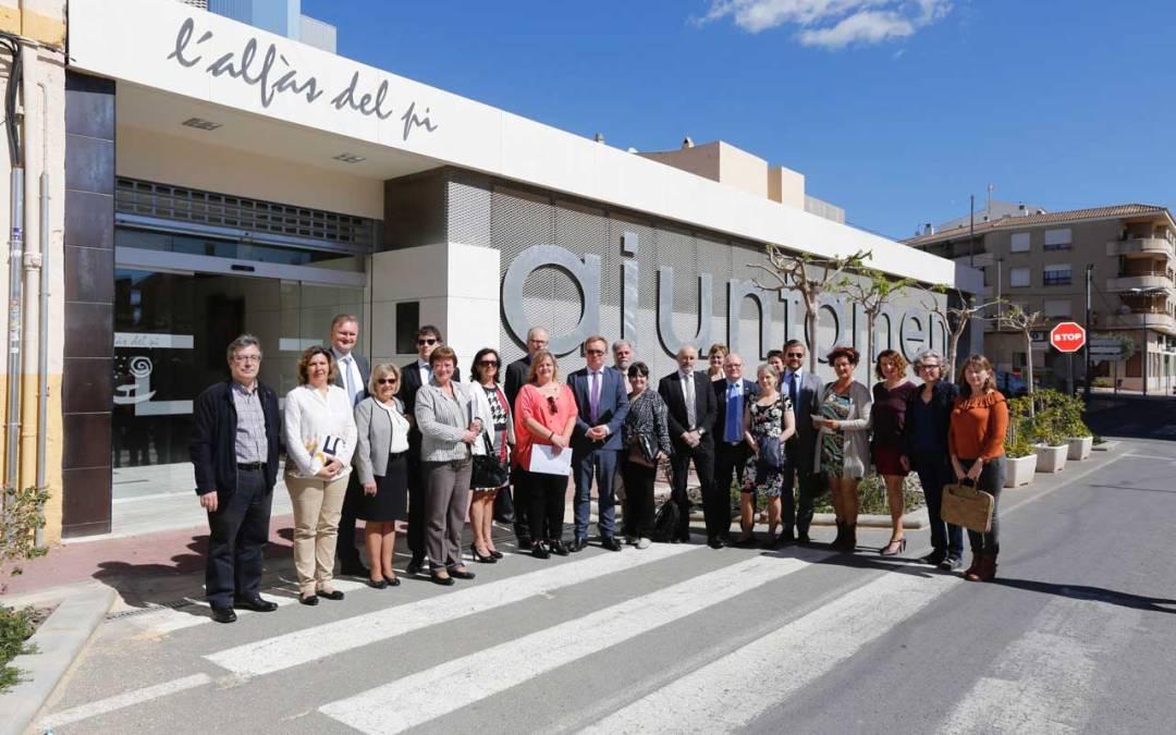 L'Alfàs del Pi  recibe la visita del Comité de Empleo y Bienestar Social del Parlamento de Noruega