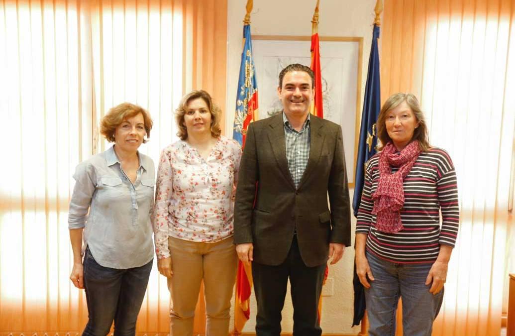 El Ayuntamiento de l'Alfàs renueva el convenio de colaboración con Crearte Albir