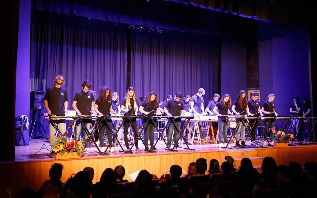Más de 450 jóvenes se dan cita en l'Alfàs en el tercer festival ¡Hagamos música!