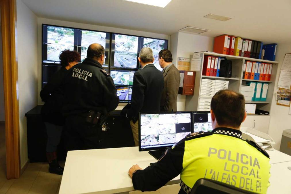 El Ayuntamiento de l'Alfàs ampliará en 2016 la red de cámaras de videovigilancia