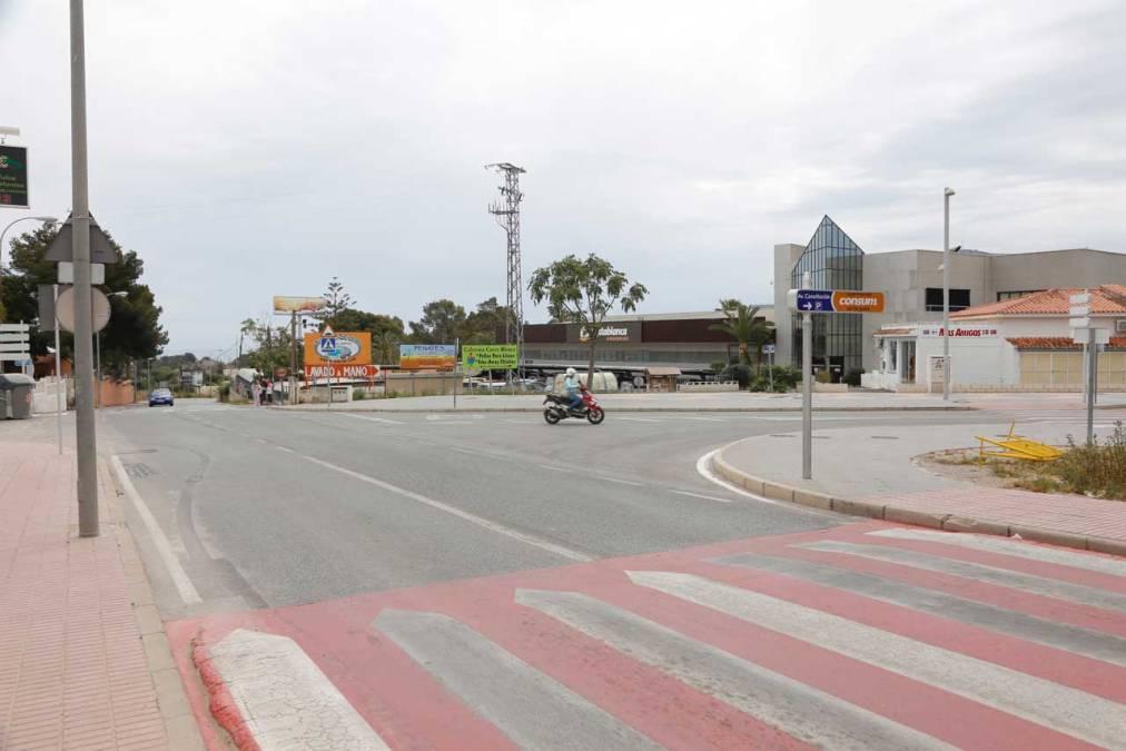 El Ayuntamiento de l'Alfàs anuncia cortes en el camí de la Mar a partir del lunes por las obras del gas