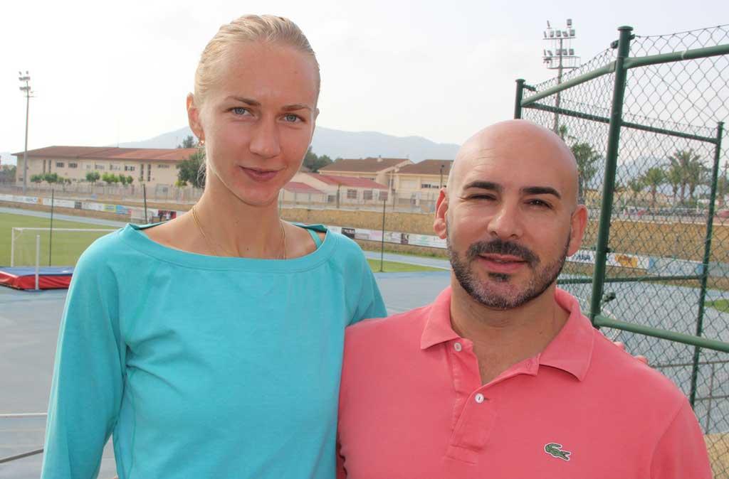 Svetlana Shkòlina campeona del mundo de salto de altura está de nuevo en l'Alfàs del Pi .