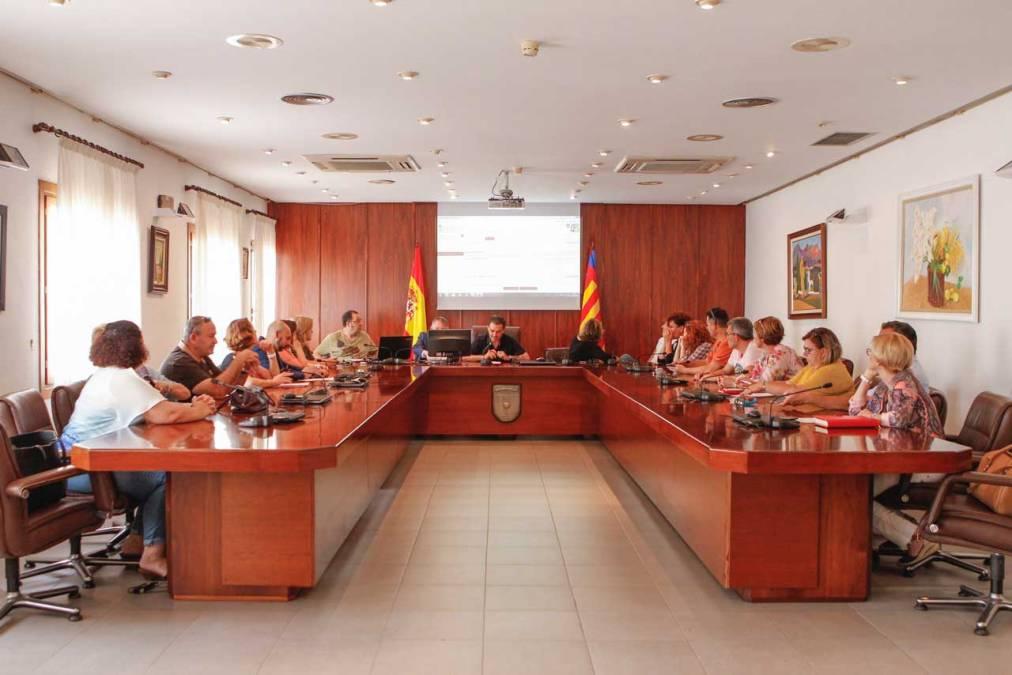 El Pleno de l'Alfàs designa por sorteo público a los integrantes de las mesas electorales del próximo 26-J