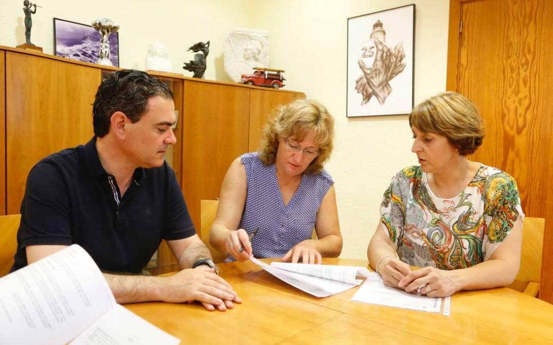 Educación ratifica su convenio de colaboración con el AMPA del CEIP Veles e Vents