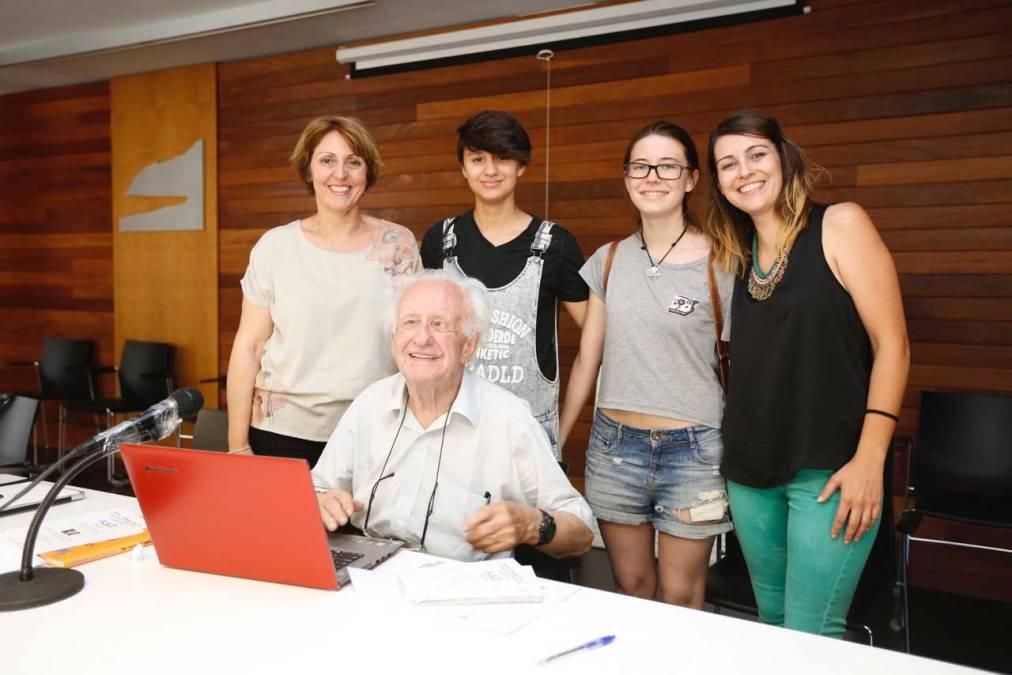 El Ayuntamiento de l'Alfàs agradece a Johan Galtung su participación en la Trobada de Mediadors Escolars