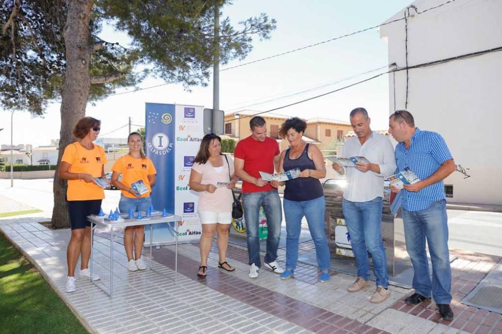 El Ayuntamiento de l'Alfàs y SAV conciencian a la ciudadanía sobre la recogida selectiva de residuos