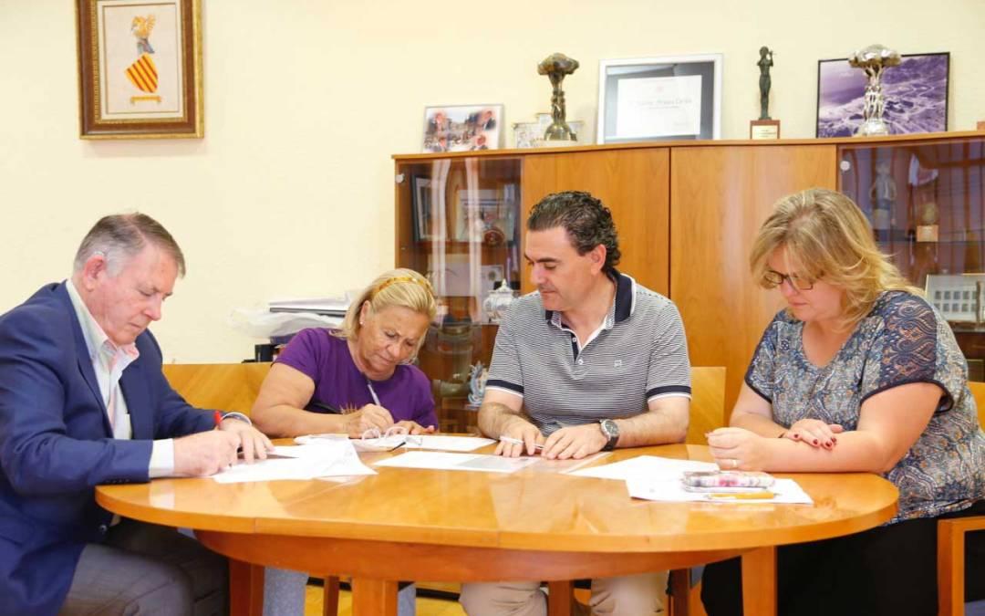 L'Alfàs del Pi y la Asociación de Uruguayos y Amigos de la Costa Blanca firman un convenio de colaboración