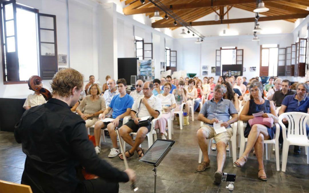 El nuevo Espai Cultural Escoles Velles acoge un multitudinario concierto de música de cámara