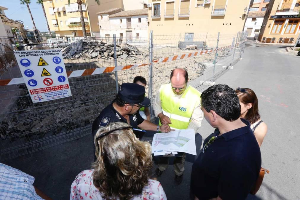 Corte de agua en la zona este de la avenida del País Valencià