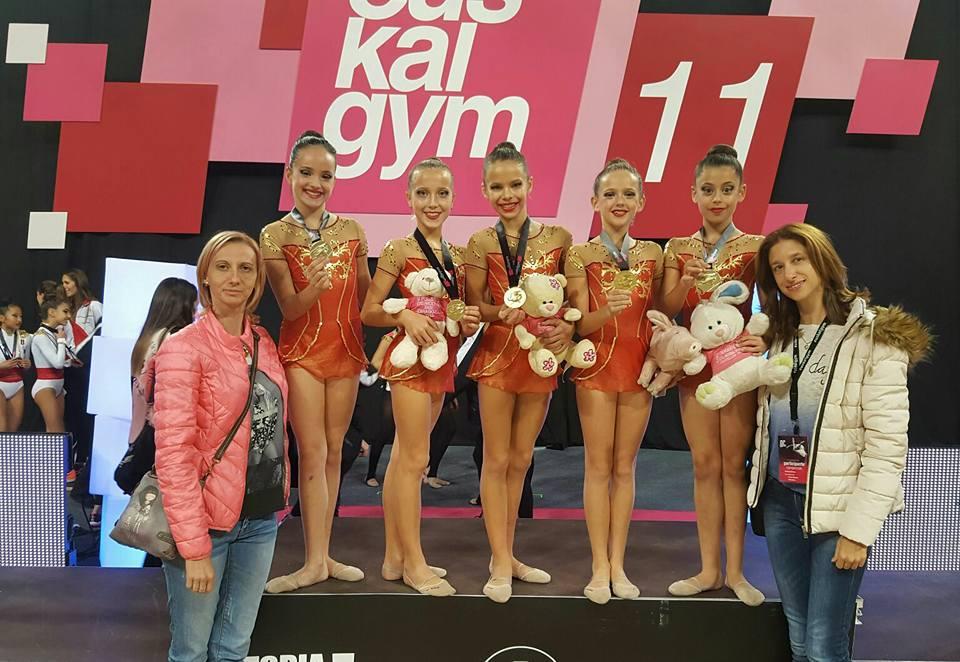 El conjunto alevín de Gimnasia Rítmica de l'Alfàs del Pi se proclama  campeón de  la XI Gala Internacional Euskalgym