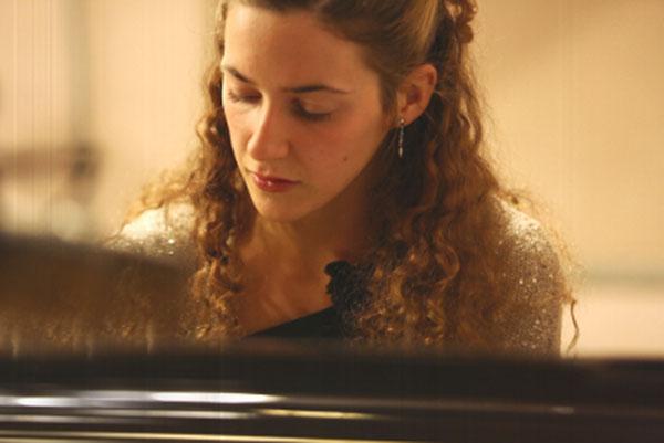 La italiana Eloisa Cascio ofrecerá un recital de piano en l'Alfàs del Pi de la mano de la Sociedad de Conciertos de Música Clásica