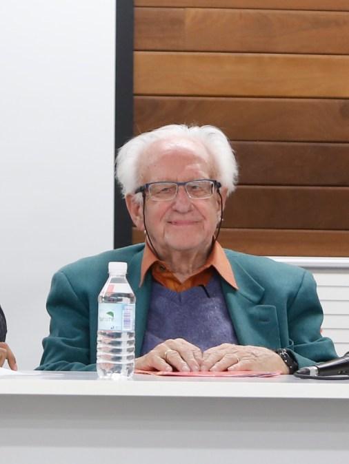 El profesor Johan Galtung será investido mañana doctor honoris causa por la Complutense