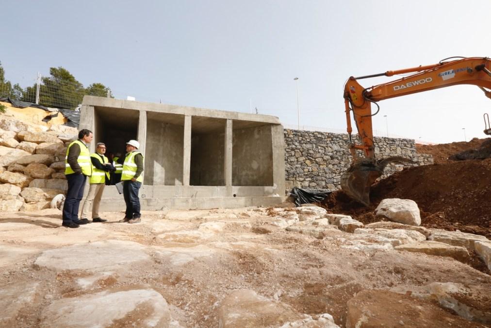 Finalizan las obras de remodelación de la avenida del País Valencià con el arquetón del barranco de Soler