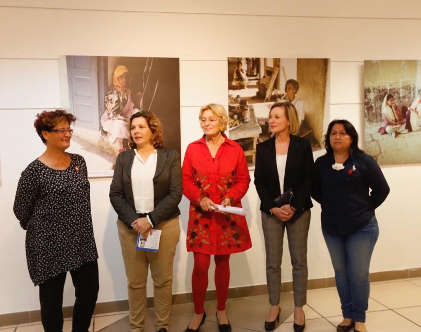 Sibylle Schorlemmer Schlotter expone 'Mujeres del mundo' en la Casa de Cultura de l'Alfàs del Pi