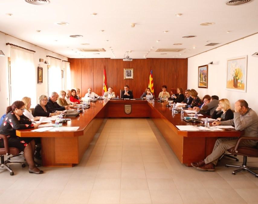 El Pleno de l'Alfàs aprueba la ampliación del catálogo de árboles singulares