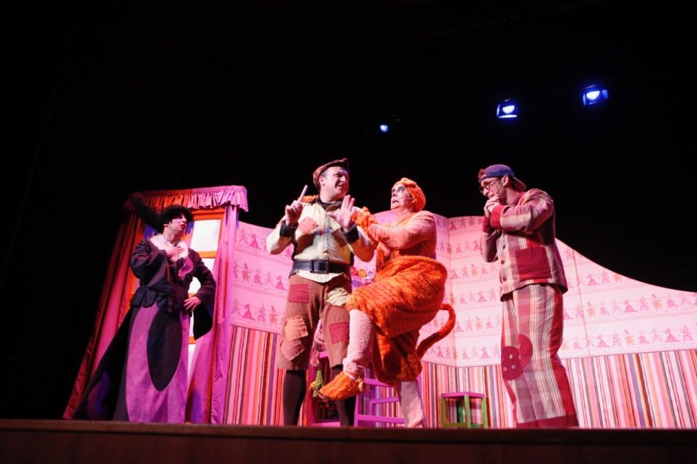 Una noche con 'Juan Sin Miedo' despide la XV Mostra de Teatre